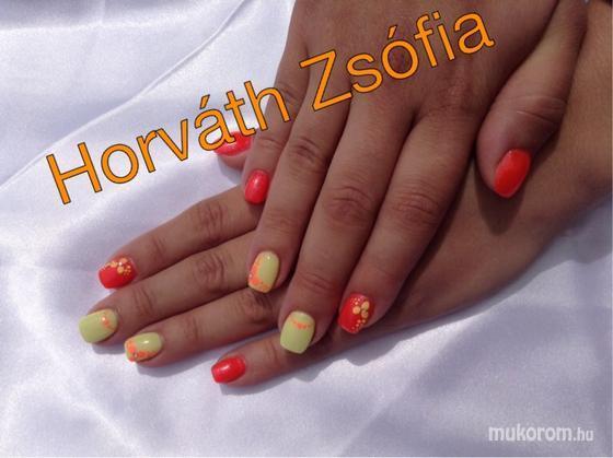zsofi horvath